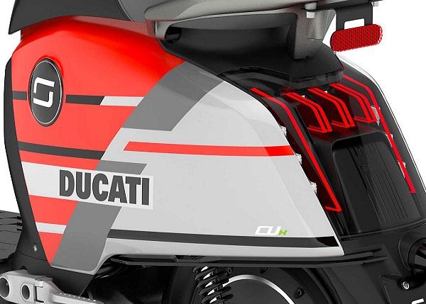 scooter elettrico super soco cux ducati